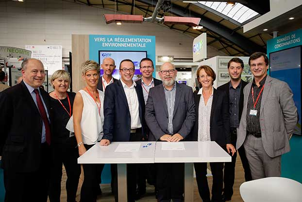 Signature de convention Union Régionale pour l'Habitat des Hauts de France - GRDF