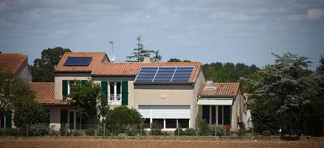 gaz naturel + énergie solaire